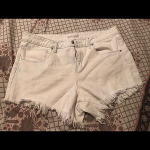 NWOT Melrose & Market distressed shorts